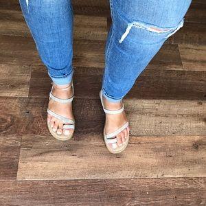 Boc toe strap sling back sandals size 8